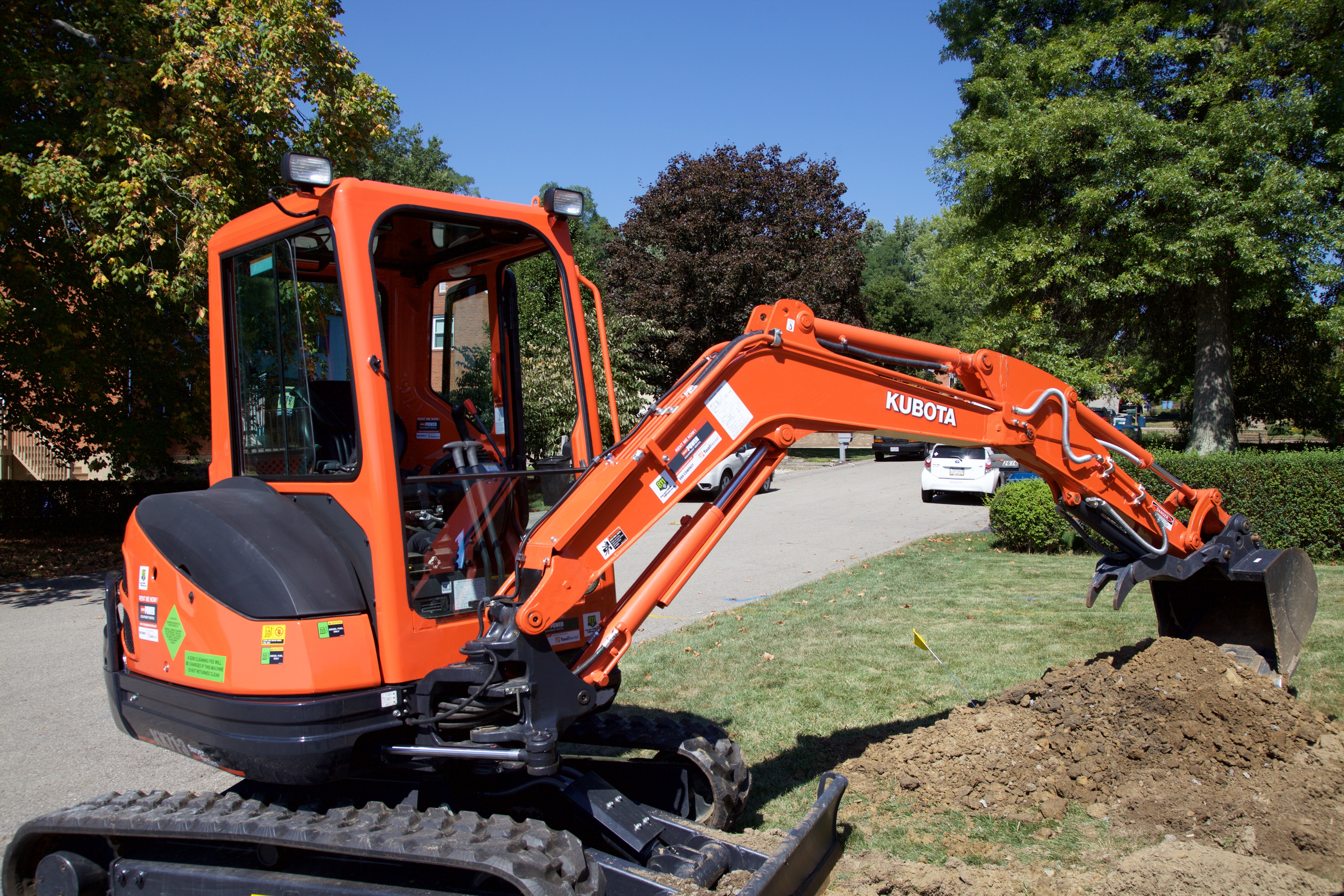 Using a Mini Excavator for the First Time Doesn't Have to be